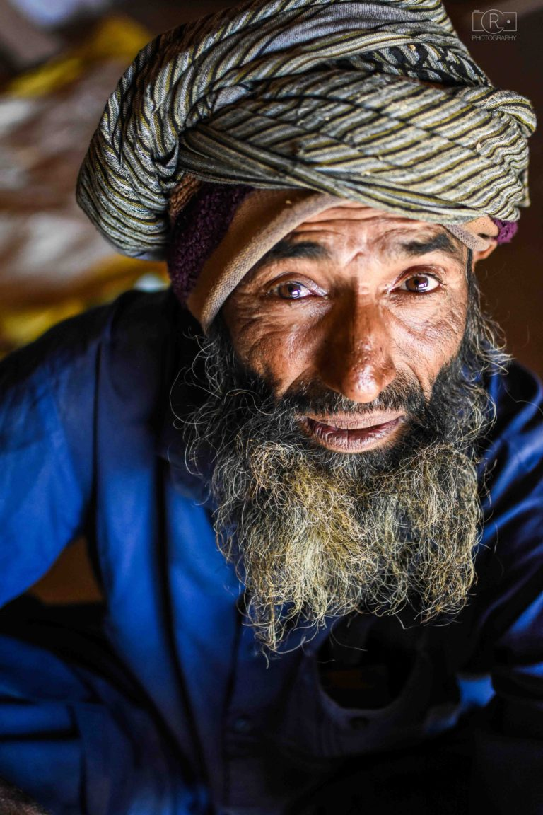 portrait_man_village_india