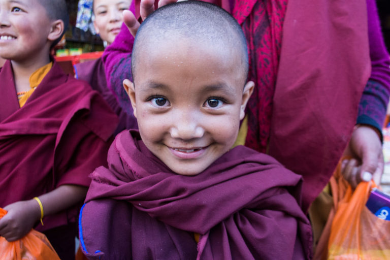 child_monk_spiti_kaza_india