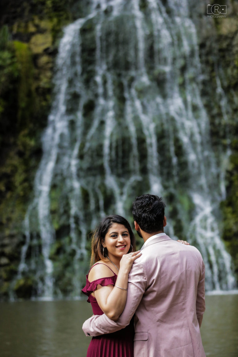 Pre-Wedding_Shoot_Auckland_Karekare4