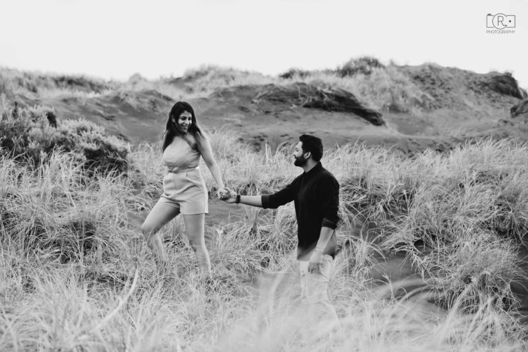 Pre-Wedding_Shoot_Auckland_Karekare21
